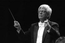 Maestro Roberto Duarte (prof. de regência)
